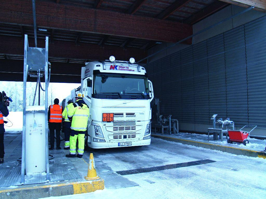 The new delivery system was activated on January 22, making Oslo/Gardermoen the world's first international airport to have regular deliveries of jet biofuel.